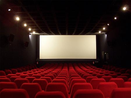 فیلمهای سینمایی روی پرده چقدر فروختند؟ / «متری شش و نیم» در آستانه ۱۸ میلیاردی شدن